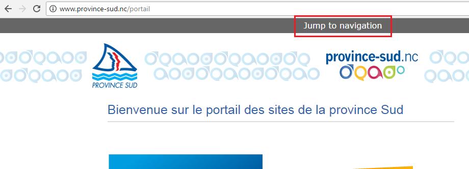 """Le lien d'évitement affiche le texte anglais """"Jump to navigation""""."""